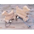 Drvena igračka - životinja za vući - Pas